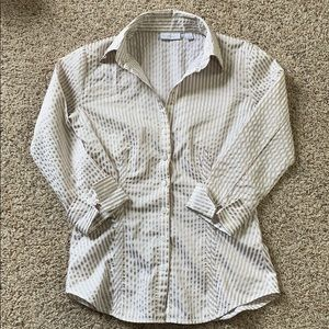 New York & Company Button Up Top Size XS